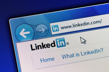 using-linkedin-in-your-b2b-marketing-strategy-post